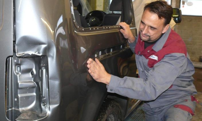 Karosseriebau Krüger Unfallinstandsetzung Unfallschaden